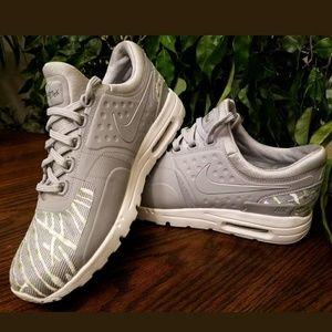 b5f77ebbeeb Nike Shoes - Nike Women s Air Max Zero SE Sneakers 896199 001